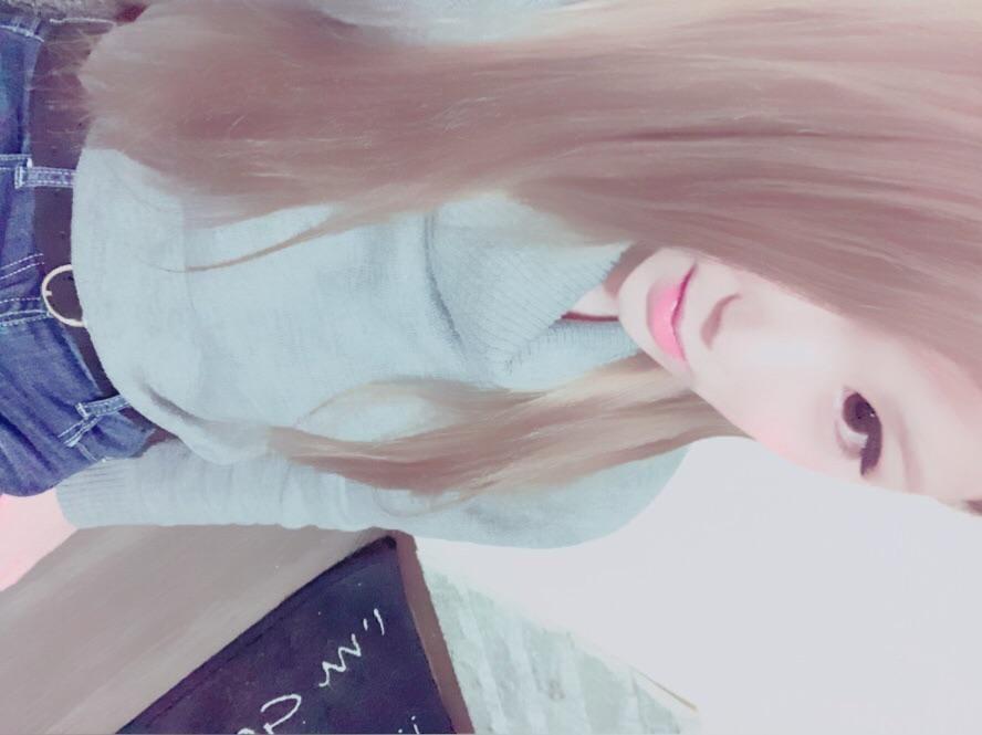 「こんばんわ\( °ω° )/」11/17(土) 18:25 | ★看板れいなの写メ・風俗動画