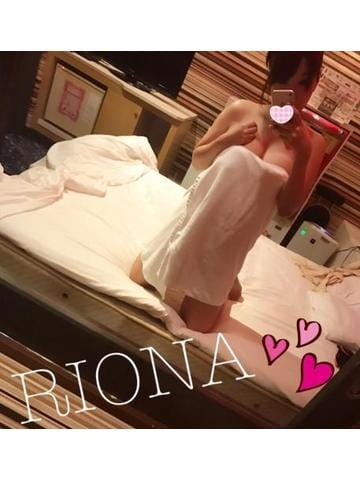 リオナ「今週?」11/18(日) 21:02 | リオナの写メ・風俗動画