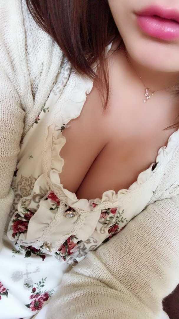 「こんばんは」11/19日(月) 22:59   サキの写メ・風俗動画