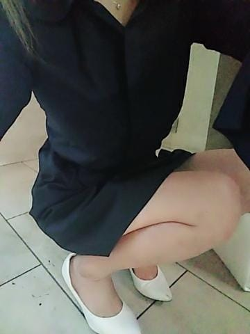 「おはよ」11/27(火) 10:28 | かりな☆5/16体験入店です!の写メ・風俗動画