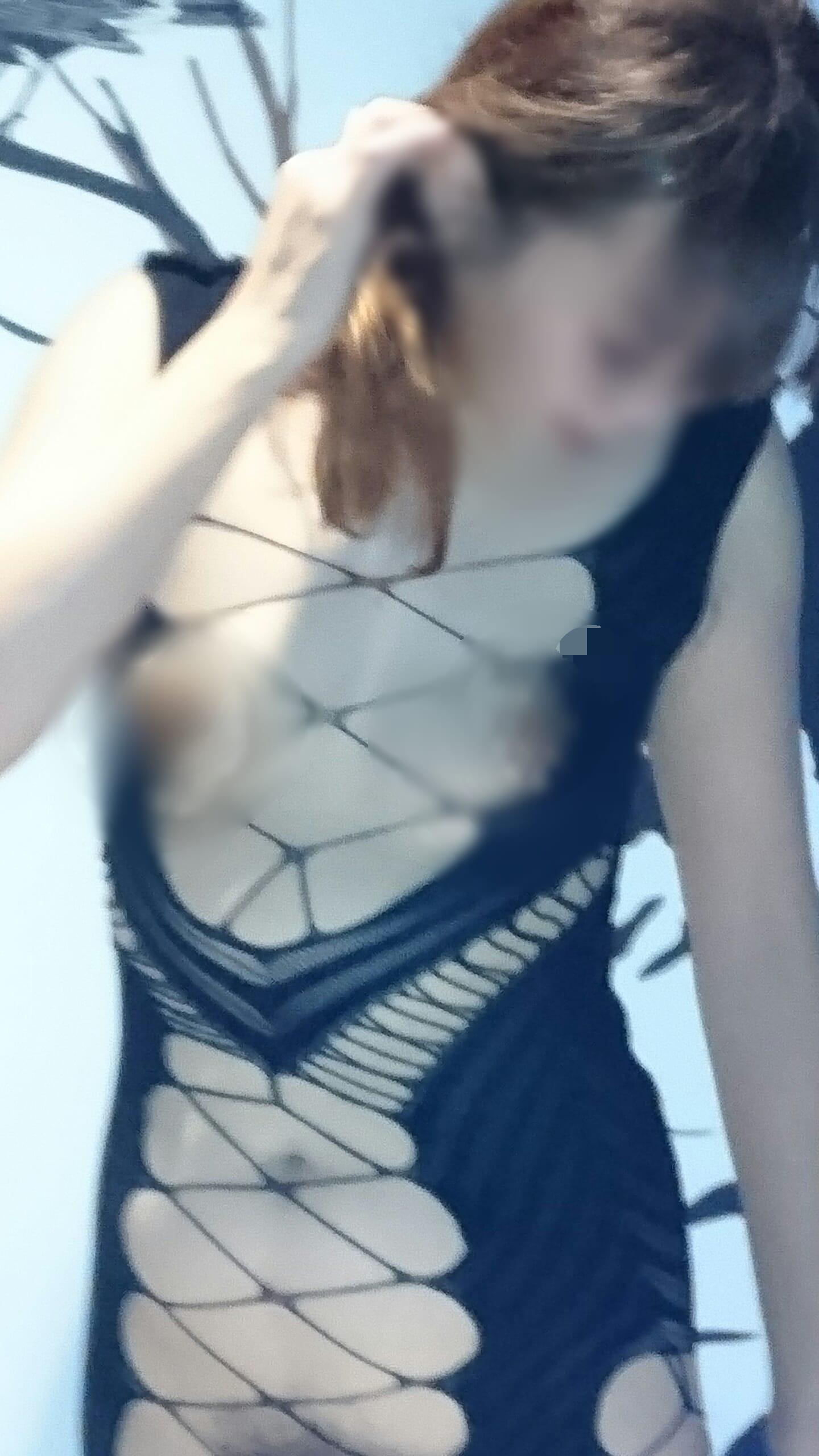 「こんばんは」11/28(水) 21:24 | しずかの写メ・風俗動画