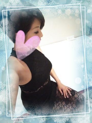 「[今日も元気に出勤してます♥北海道]:フォトギャラリー」11/30(金) 16:39   片瀬 しのぶの写メ・風俗動画