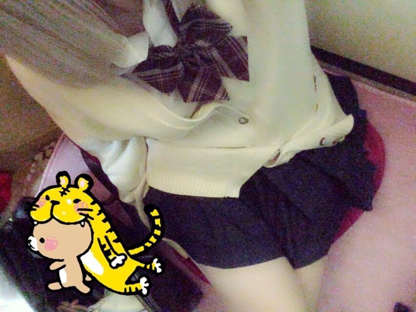 「れんです(`・ω・´)」12/01(土) 16:02 | れんの写メ・風俗動画