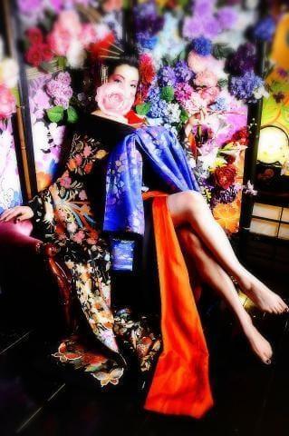 「出勤しました(*Ü*)」12/03(月) 16:08   片瀬 しのぶの写メ・風俗動画