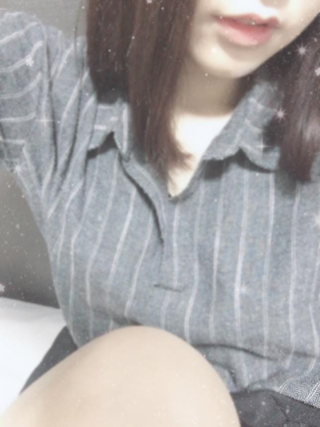 「出勤〜!」12/04(火) 15:36 | 11/29入店の写メ・風俗動画