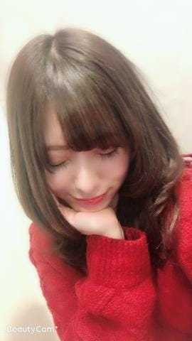 「出勤中」12/06(木) 21:38 | きらの写メ・風俗動画
