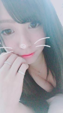 「出勤中」12/08(土) 21:30 | きらの写メ・風俗動画