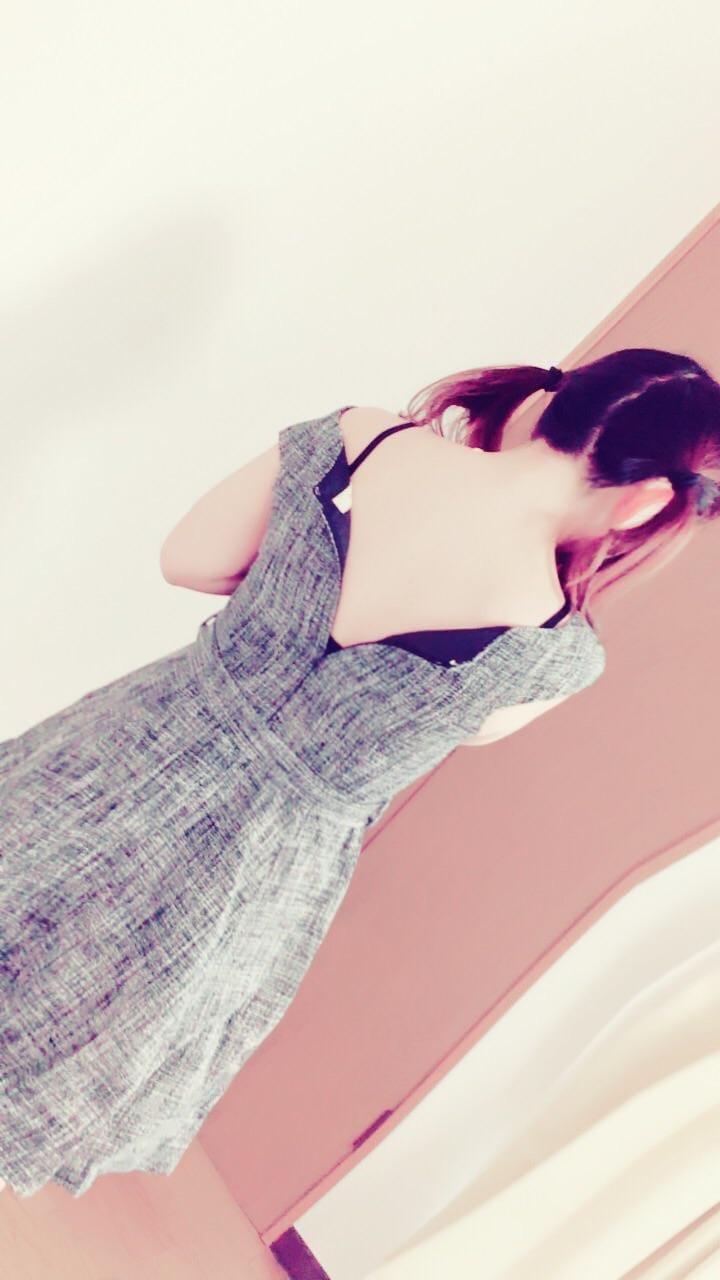 「ツインテール」12/10日(月) 11:00 | りっかの写メ・風俗動画