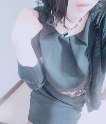 「木曜日の御礼」12/11(火) 10:10 | えみりの写メ・風俗動画