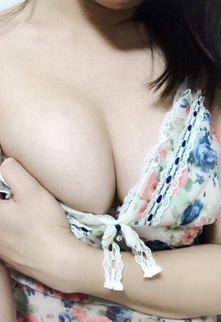 ゆい「今日出勤するよ♪」12/14(金) 08:53   ゆいの写メ・風俗動画