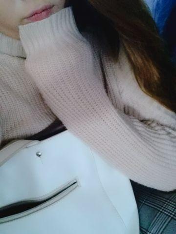 「こんにちわ」12/14日(金) 18:35 | 高石みりあの写メ・風俗動画