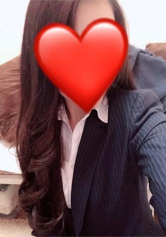 「こんばんは?(  ?? ?  )?」12/14(金) 18:50 | るみ★魅惑の才色兼備美女♪の写メ・風俗動画