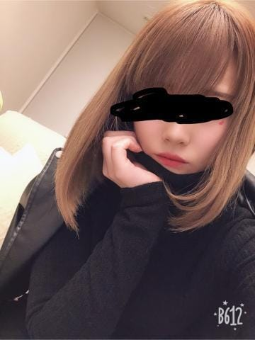 「出勤した( ˘꒳˘ )」12/15(土) 15:03 | れおなの写メ・風俗動画