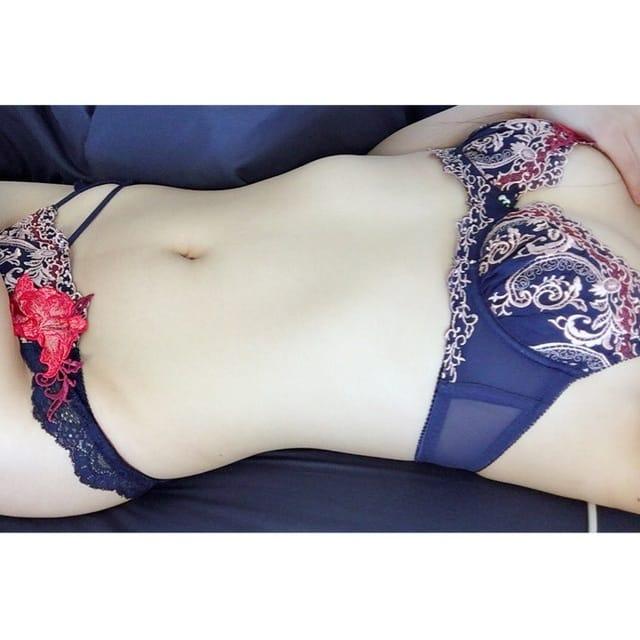 「おれい♪( ´▽`)」12/15(土) 17:29 | 美里の写メ・風俗動画