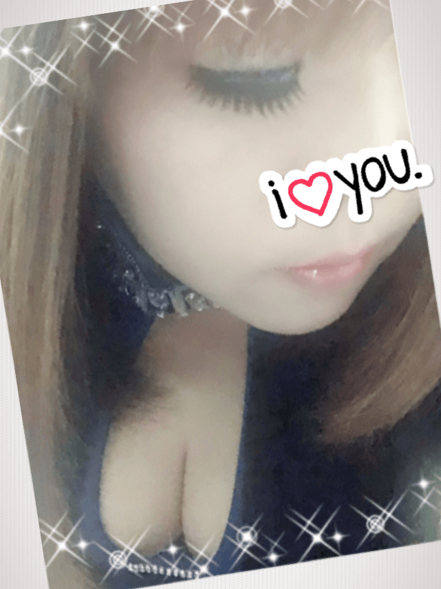 「こんばんわ」12/15(土) 18:46 | ルナ★美巨乳★の写メ・風俗動画