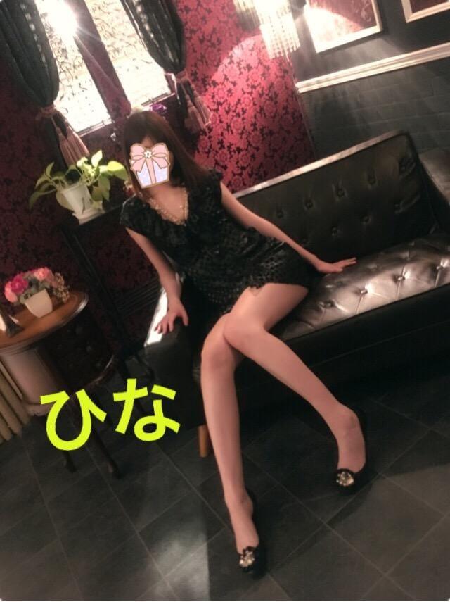 「出勤♡」12/15(土) 22:13   ひなの写メ・風俗動画