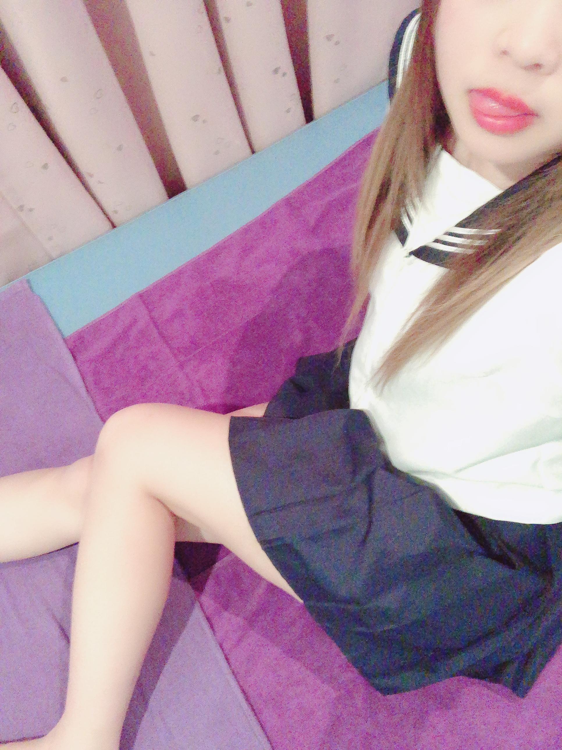 「こんばんわ!」12/17(月) 17:48   ゆらの写メ・風俗動画