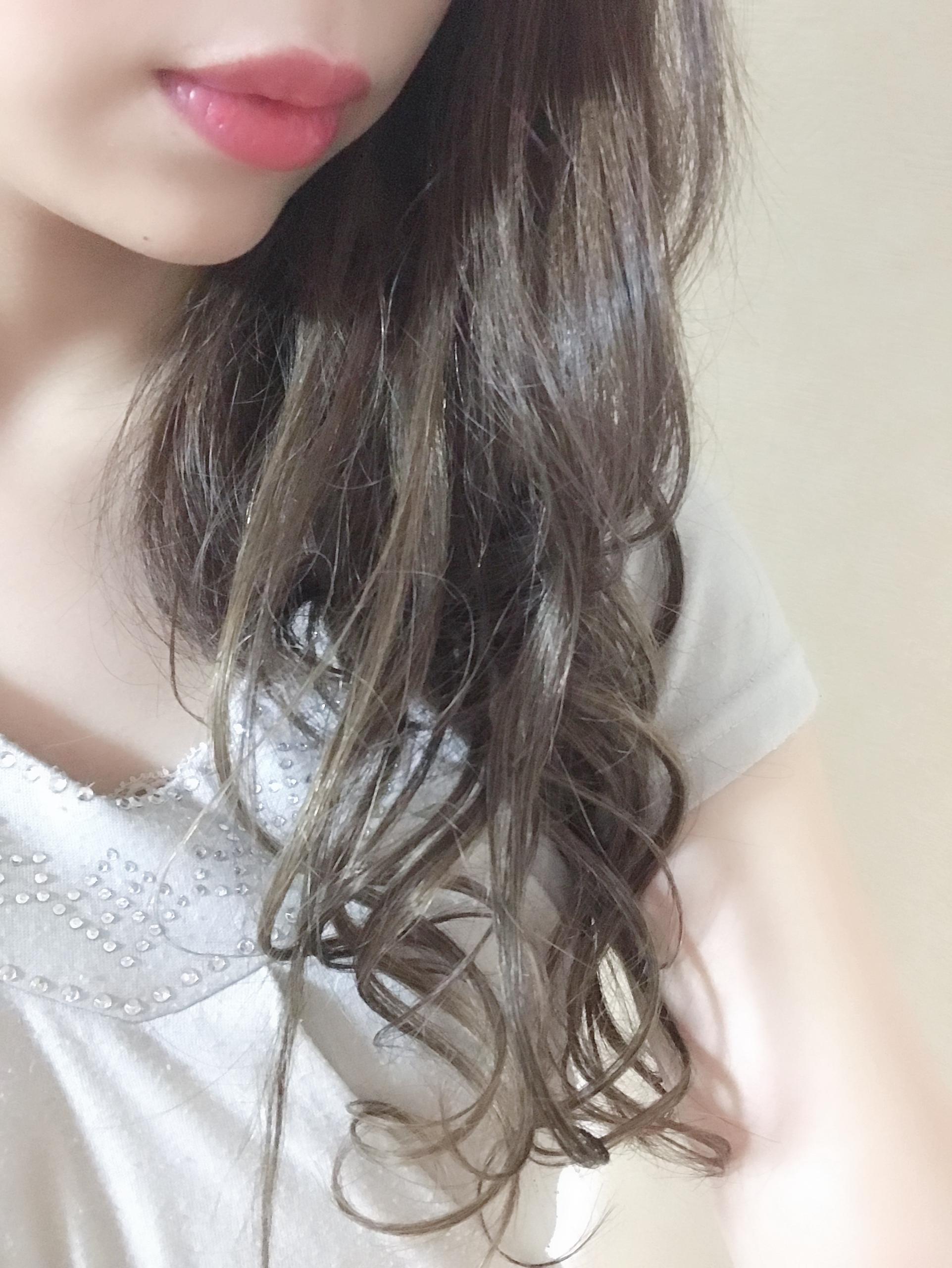 「こんばんは*̣̩⋆̩」12/17(月) 19:02 | 藤崎 あんりの写メ・風俗動画