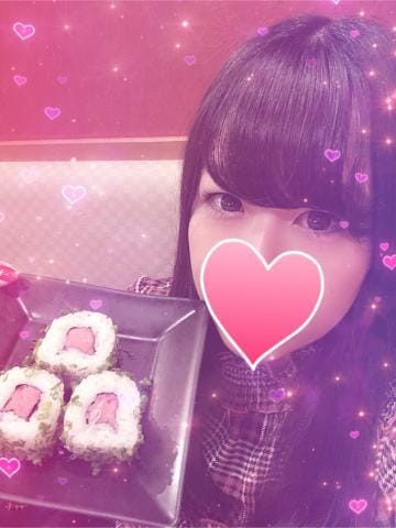 しいな「お寿司が好きで」12/17(月) 22:26 | しいなの写メ・風俗動画