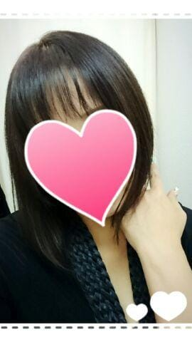 いちか「前髪を切りました☺」12/18(火) 14:12   いちかの写メ・風俗動画