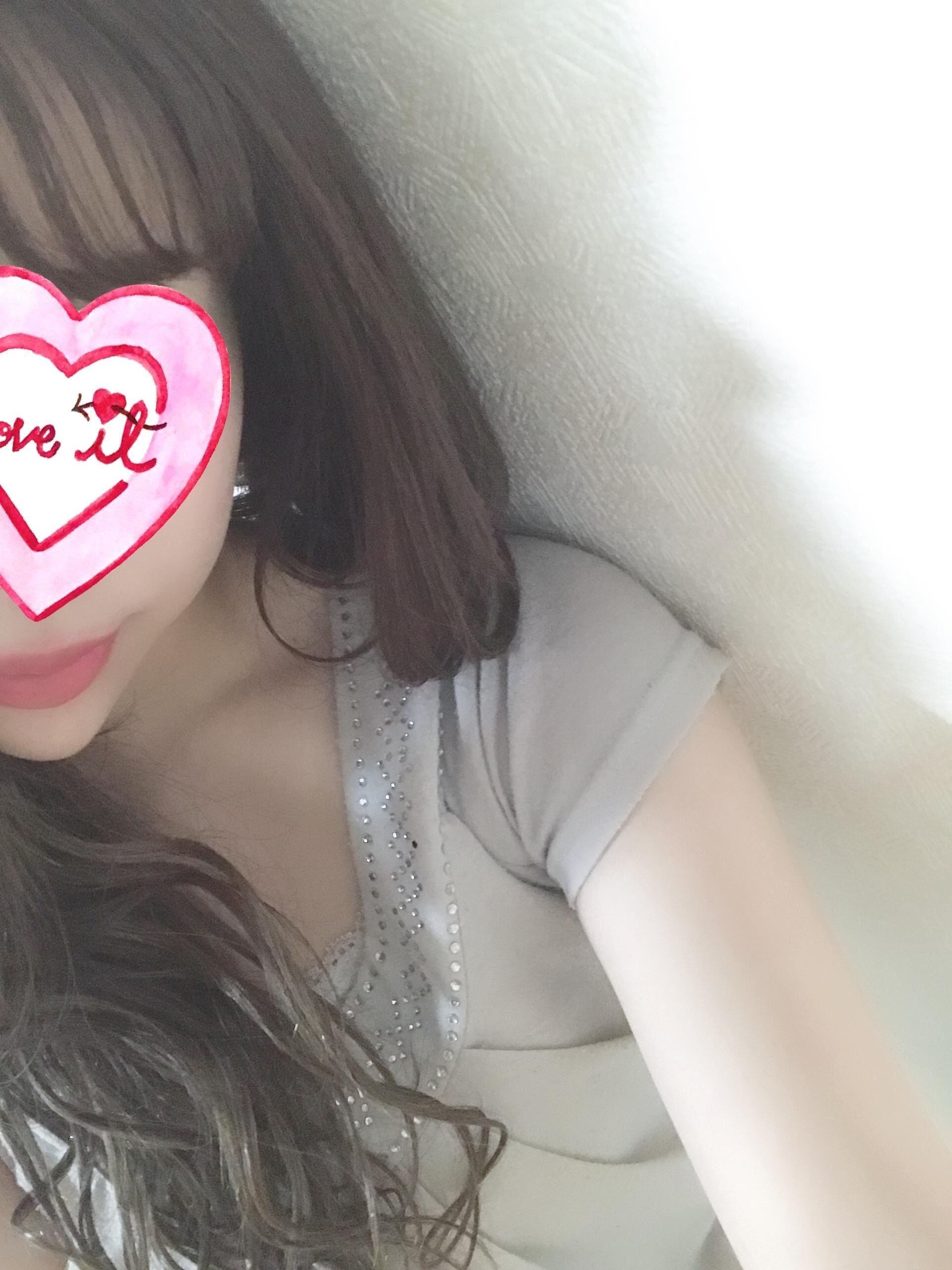 「出勤⸝⸝⸝⸝♡」12/19(水) 19:40 | 藤崎 あんりの写メ・風俗動画