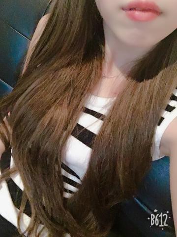 「しゅっきん♡」12/30(日) 22:12 | アユ(AYU)の写メ・風俗動画