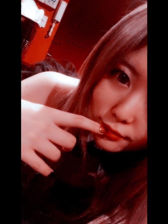 「首がぁぁぁぁぁ」01/07(月) 20:14   イオリの写メ・風俗動画