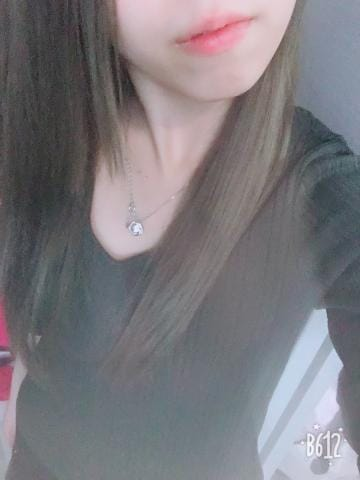 「出勤しまー」01/07(月) 22:37 | アユ(AYU)の写メ・風俗動画
