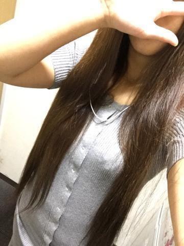 「おはようございます(。・ω・)」01/11(金) 19:33 | えりかの写メ・風俗動画