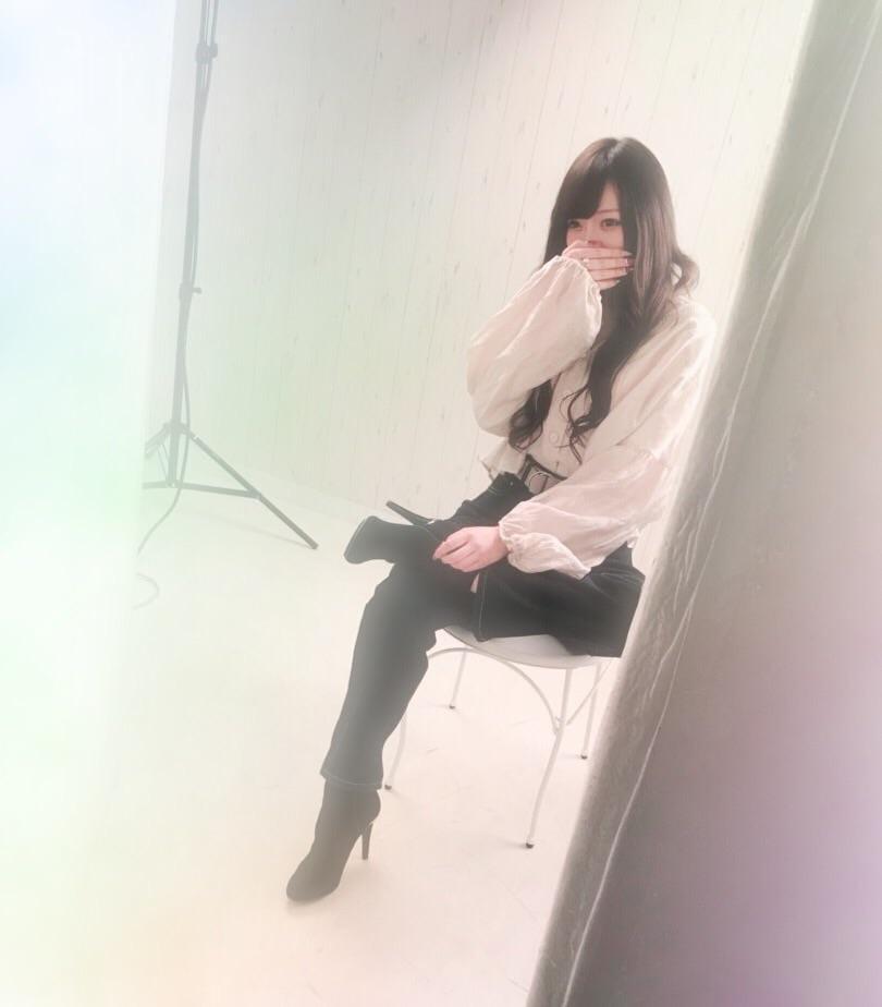 「びっちり('ω'三'ω')」01/11(金) 23:06   りんちゃんの写メ・風俗動画