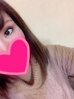 「こんばんわ」01/12(土) 21:22   体験初日ななの写メ・風俗動画