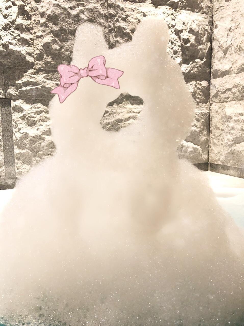「泡で謎の物体つくりました」01/14(月) 16:25 | ちえの写メ・風俗動画