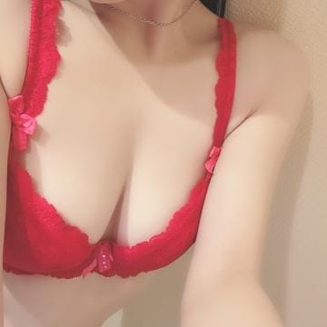 玲良(れいら)「こんばんわ(*`・ω・)」01/14(月) 19:33 | 玲良(れいら)の写メ・風俗動画