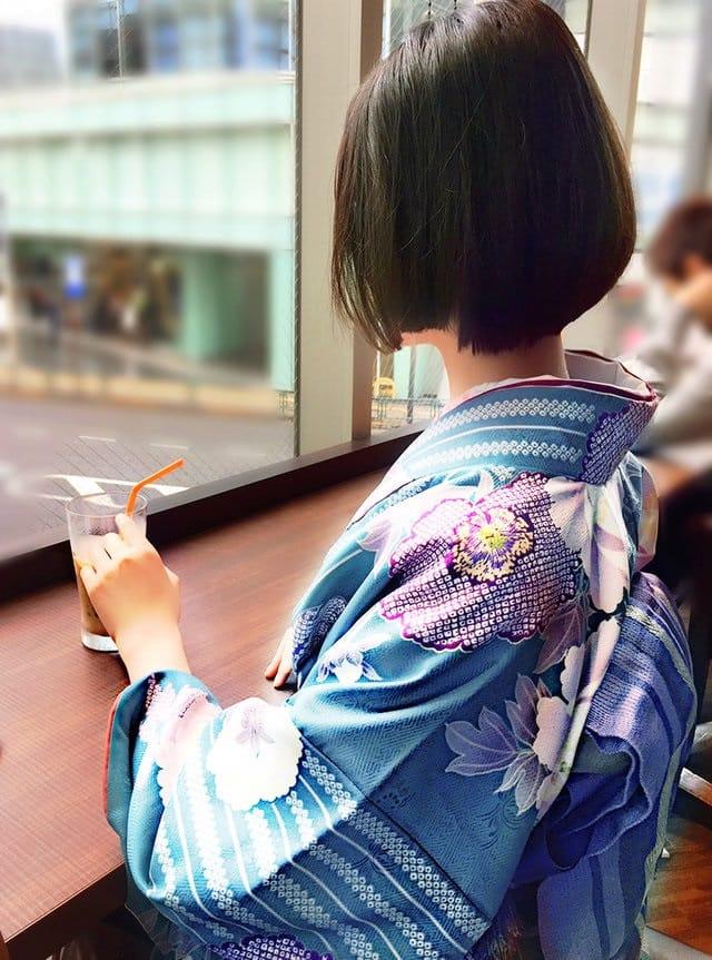 「おはようございます(^^)」01/17日(木) 09:41   片岡みのりの写メ・風俗動画