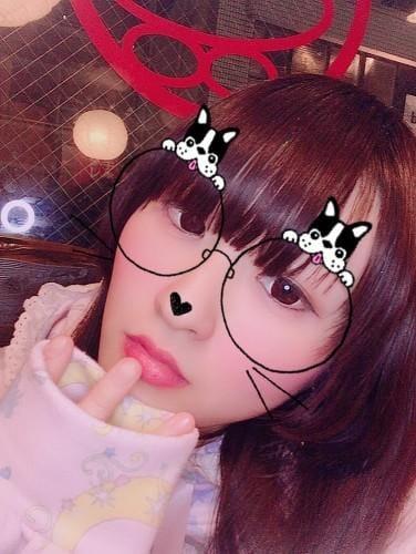 「しゅっきんしますよ〜」01/17日(木) 17:00 | ななせの写メ・風俗動画