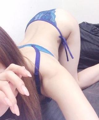 しいな「こんばんわ」01/17(木) 22:19   しいなの写メ・風俗動画
