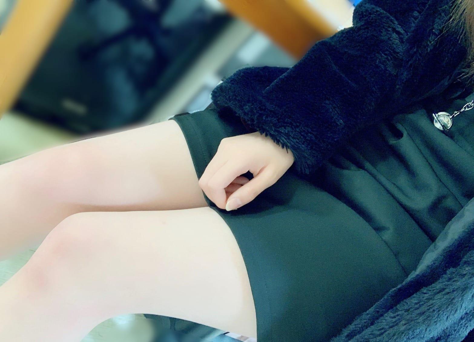 ひなせ「ひなせです( ¨̮ )」01/20(日) 09:48   ひなせの写メ・風俗動画