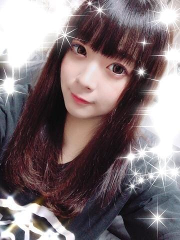 「おはよ」01/22日(火) 18:08 | アムの写メ・風俗動画