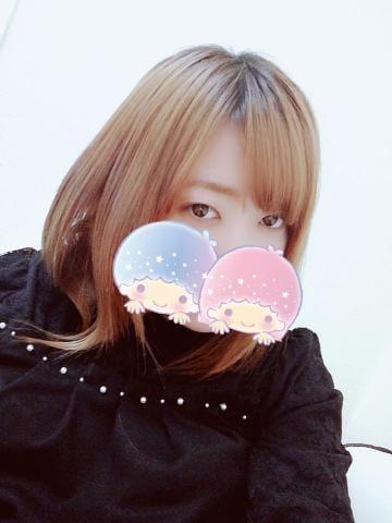 「出勤〜?」01/22(火) 19:02 | 新人りおの写メ・風俗動画