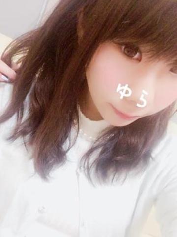 「出勤です((∩´︶`∩))」06/16(木) 12:02   ゆらの写メ・風俗動画