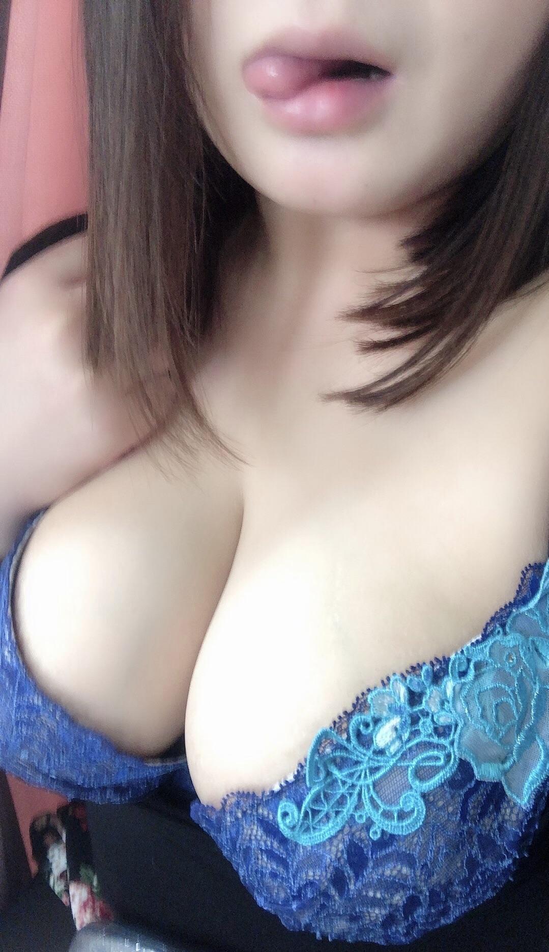 「10時〜出勤します☆」02/14(木) 09:09 | りんの写メ・風俗動画