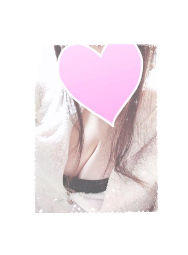 「おはよ〜」02/21(木) 12:17 | つばさ色白Hカップの写メ・風俗動画