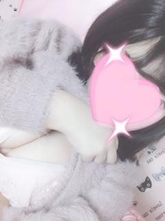 りいな「ちらりっ!」02/22(金) 22:40 | りいなの写メ・風俗動画