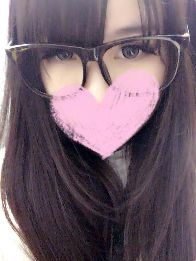 「おはよー( ˊᵕˋ )」04/03(月) 23:25   あゆかの写メ・風俗動画