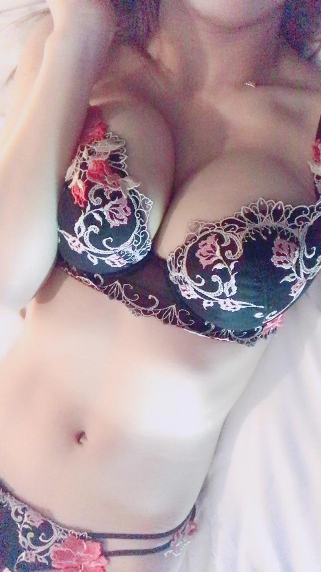 「(´∩ω∩`*)」03/19(火) 02:28 | ふーーみんの写メ・風俗動画