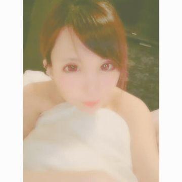 「今日の自撮り\?/GIF」03/19(火) 22:00 | みなみ|清純派超可愛いモデル級の写メ・風俗動画
