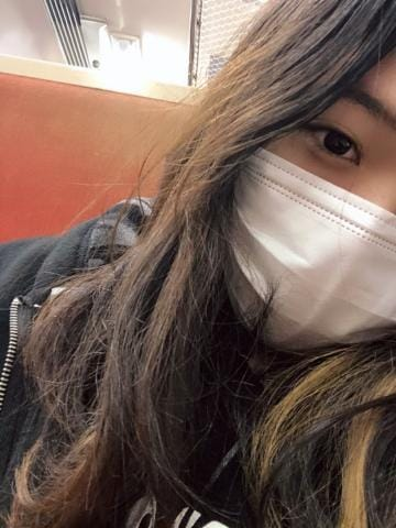 はる「しゅっきん!」03/19(火) 23:29 | はるの写メ・風俗動画