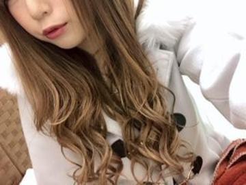 サキカ「こんばんわ♡」03/22(金) 01:08   サキカの写メ・風俗動画