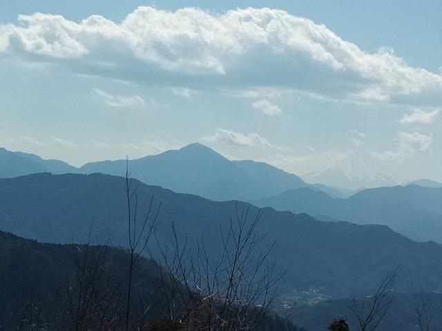「奥にかすかに富士山が…」03/25(月) 06:53 | 南條(なんじょう)の写メ・風俗動画