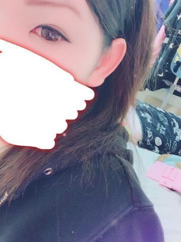 「おはよー(・×・)」03/25(月) 10:20   ユカリの写メ・風俗動画